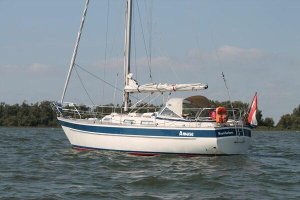 Hallberg Rassy 312 for sale YachtFull Strijensas